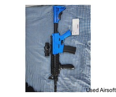 WELL D2810 M4 FULLY AUTO ELECTRIC BB GUN IN BLUE