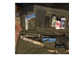 Colt IV - Machine gun- Rounds - Mask - Smoke grenade- Carry case - Colt holster
