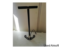 hpa hand pump in good working order
