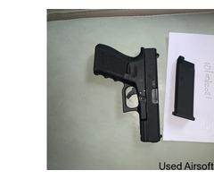 Umerax glock 19