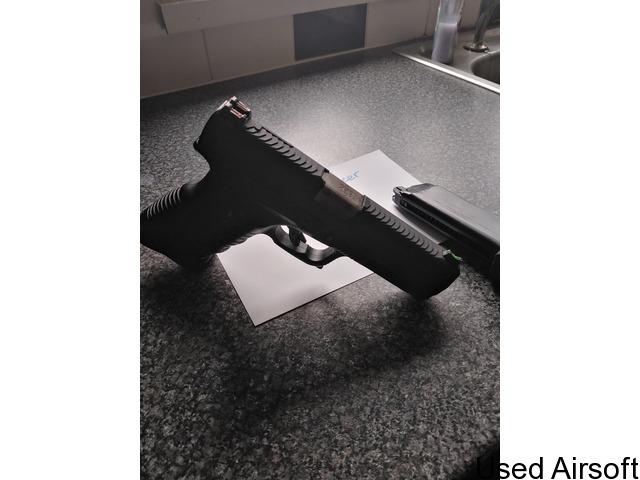 We gp1799 gbb pistol - 2