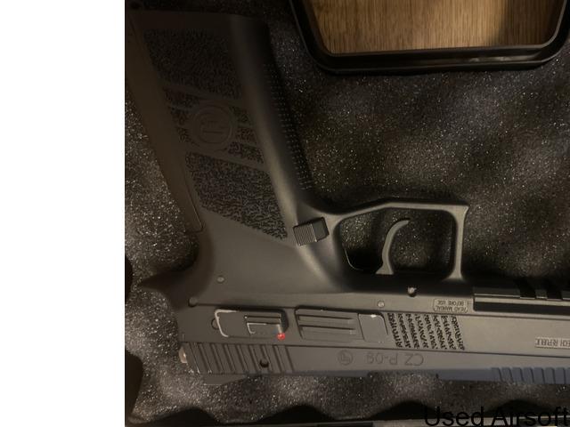 CZ P-09 6mm has blowback airsoft pistol - 3