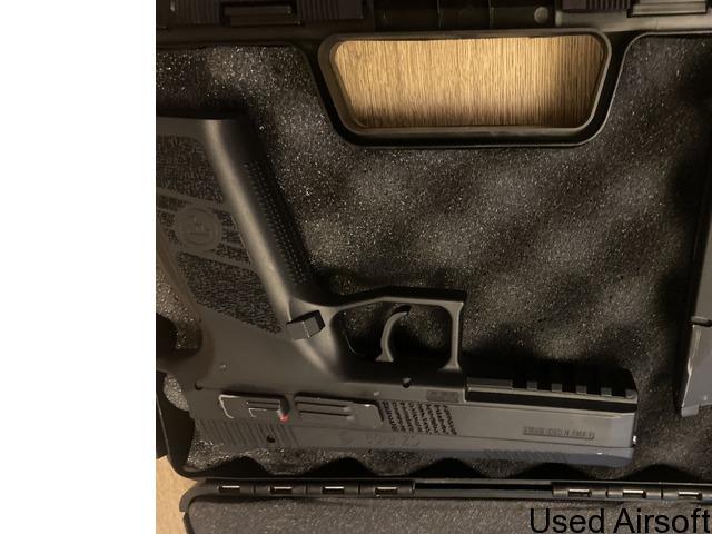 CZ P-09 6mm has blowback airsoft pistol - 4