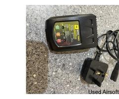 Nuprol LiPo/LiFe/NiMH Battery Charger