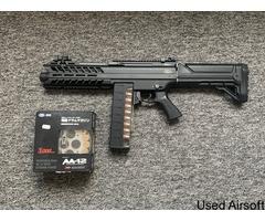 SGR-12 fully auto shotgun.