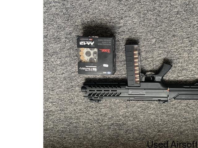 SGR-12 fully auto shotgun. - 2