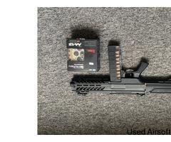 SGR-12 fully auto shotgun. - Image 2