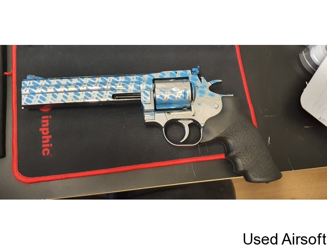 """MINT CONDITION - ASG Dan Wesson 715 CO2 Airsoft Revolver - 6"""" Barrel - Chrome 'Stainless' - 3"""