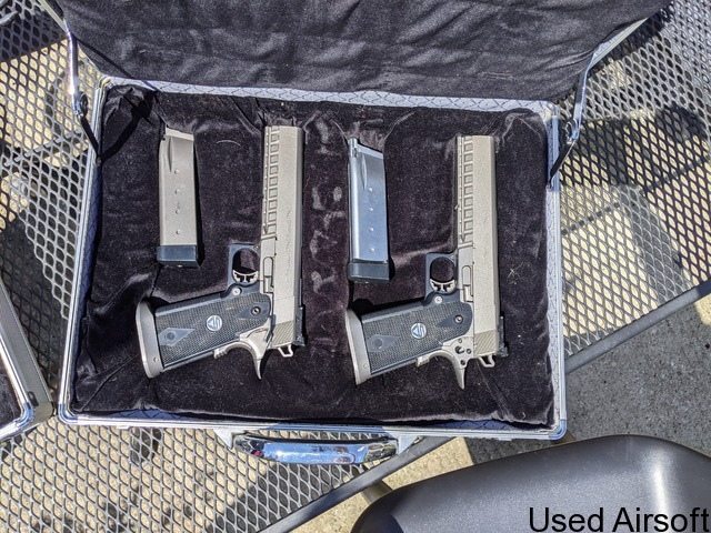 WA SV Infinity pistols - Silver ( x2 ) with 2 locking cases and 6 mags - 1