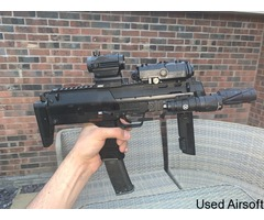 TM GBB Mp7 with 4 mags