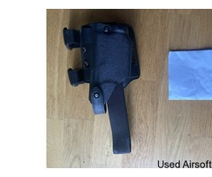 Genuine issue Safariland drop leg glock holster