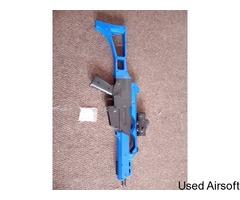 G36C Two Tone Spring powered BB Gun - Image 1