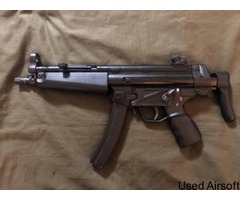 CLASSIC ARMY B&T PROLINE MP5A3 WITH SEF LOWER MAGS AND ACCESSORIES