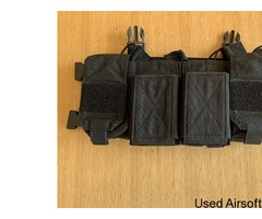 Chest rig mag pouches
