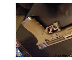 Wet Glock 17