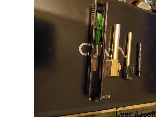 Wet Glock 17 - 3