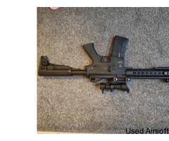 Barely used Saigo defense AEG W/ bag, mag and new acog sight - Image 4