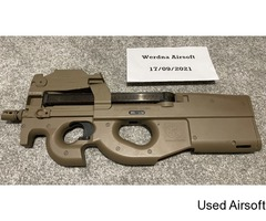 FN HERSTAL CYBERGUN P90 SMG with Red Dot Sight