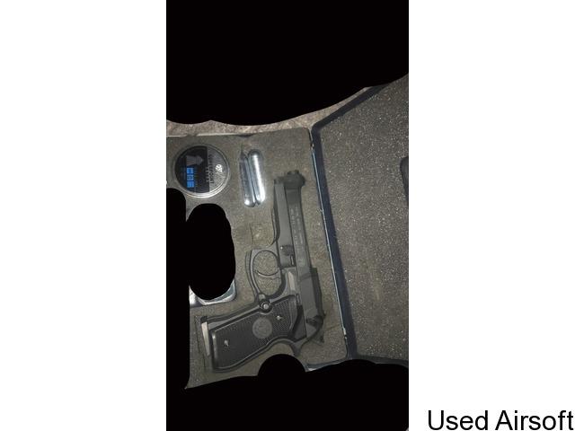 Berreta gas gun - 1