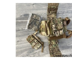 Warrior assault system plate carrier and extras