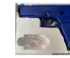 1-1 scale replica all blue Glock 17