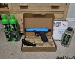AAP-01 Airsoft with extras (Gas + BB's)