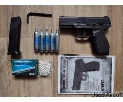 KWC 24/7 Model Pistol